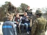 Uczniowie z wizytą w jednostce wojskowej