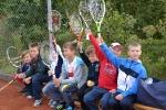 Młodzi tenisiści w trakcie V Festynu Rodzinnego